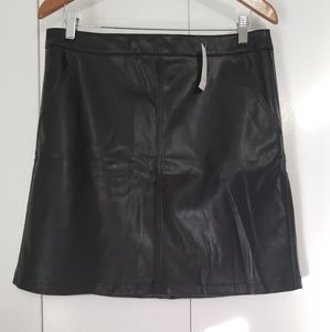 NWT - Loft imitation black leather skirt size 10